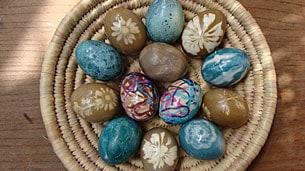 dye-eggs