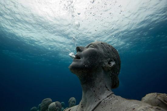 underwater-sculptures-can-006