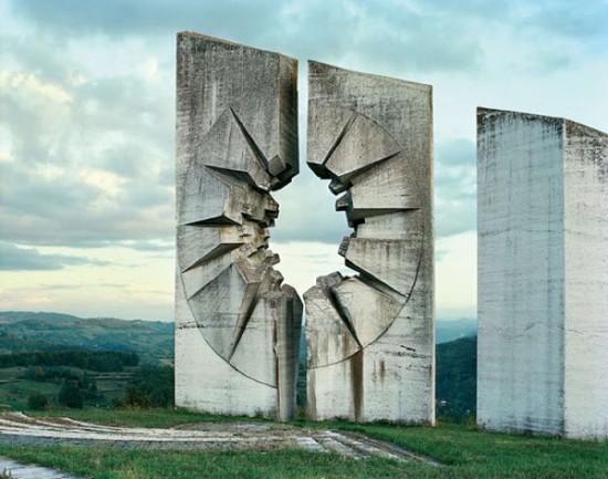 spomeniks5