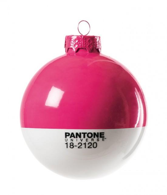 Pantone Xmas ball 18-2120