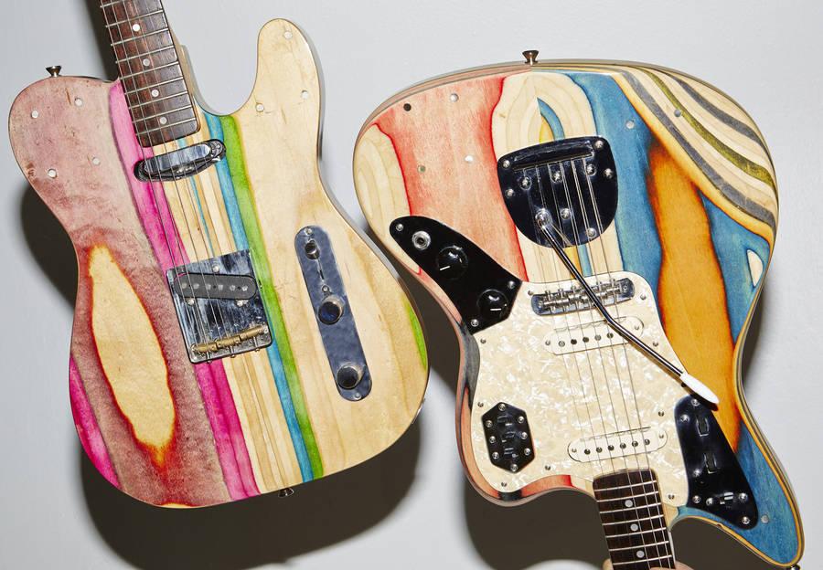 guitarras hechas con tablas de skate recicladas tiene un buen acabado