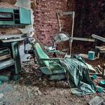 Striking Pictures of Abandoned Asylums in the US-12