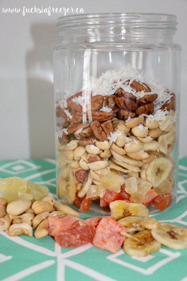 Tropical Trail Mix. Easy to make and perfect for meal prepping your house!