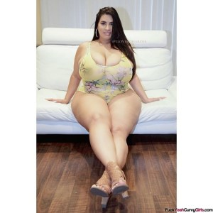 Thick BBW Model Sofia Rose