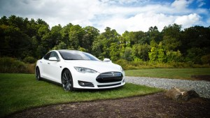 Electric vehicles no imminent danger to global lubricants demand