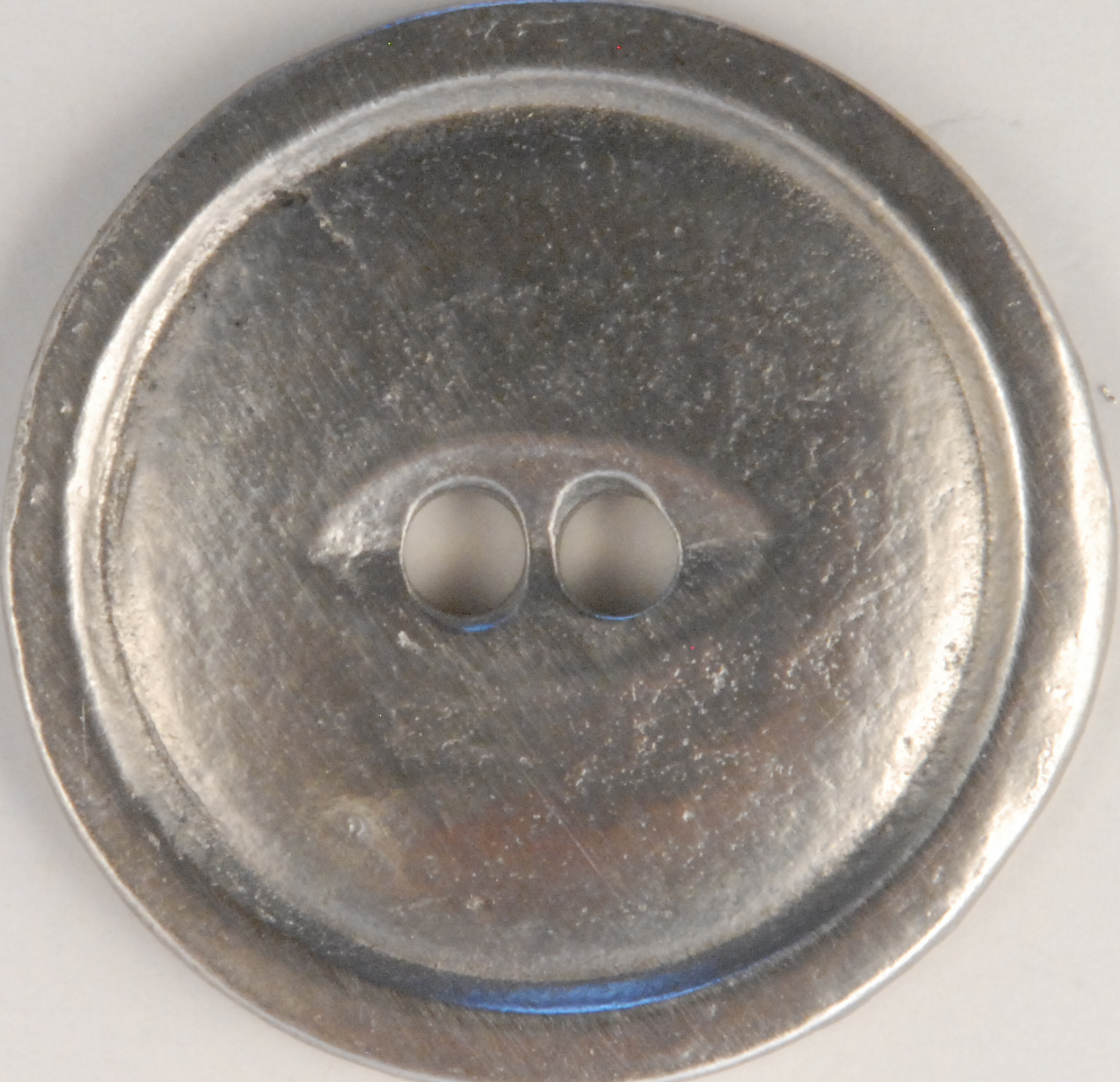 116 L 2 Hole Pewter Buttons