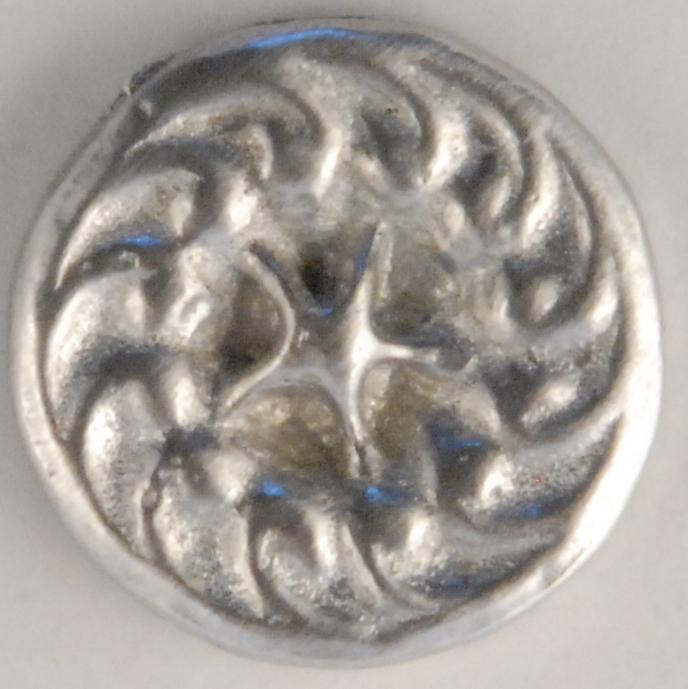 117 M, star-swirl, Pewter Button