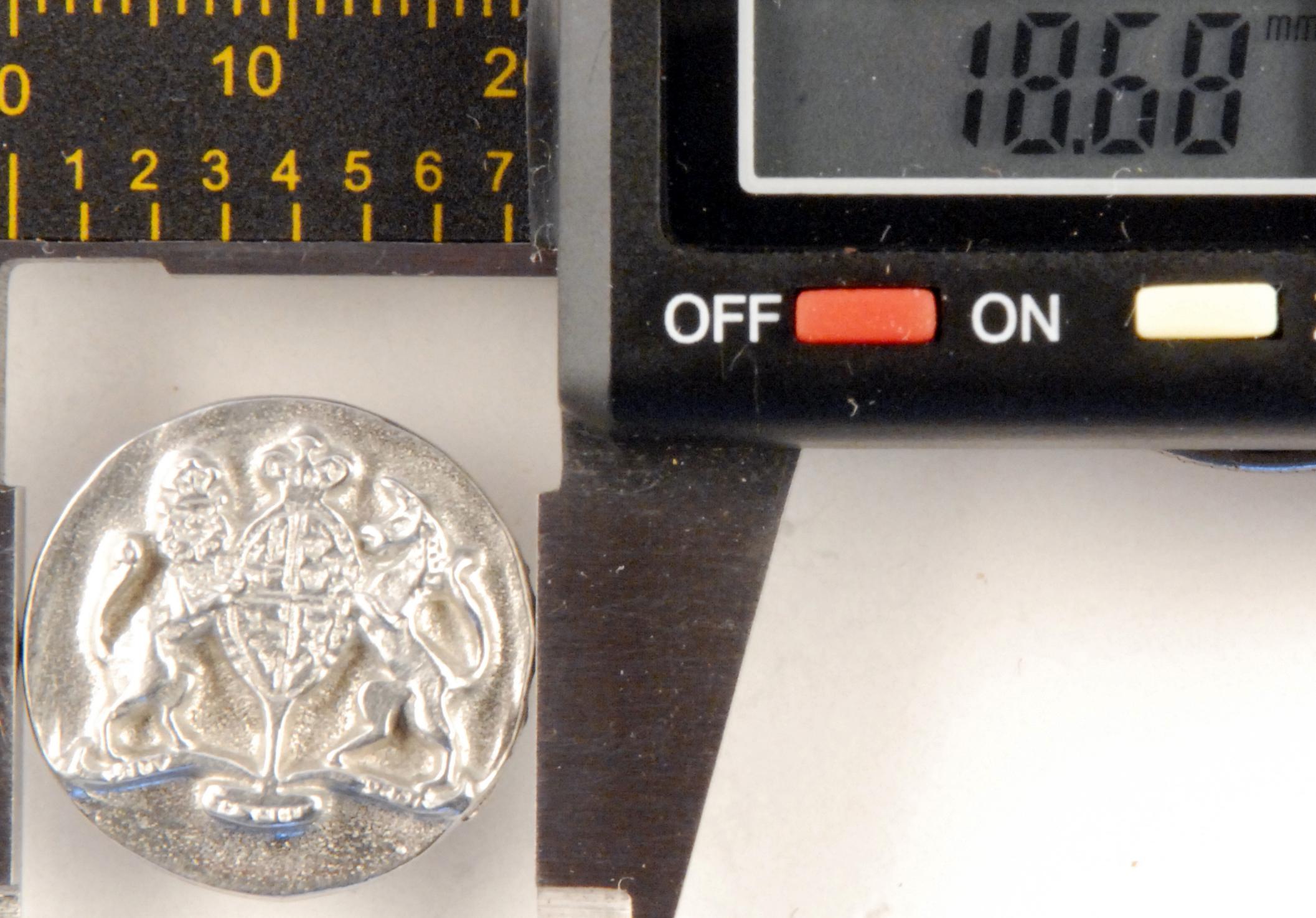 171 M, Williamsburg Pewter Button