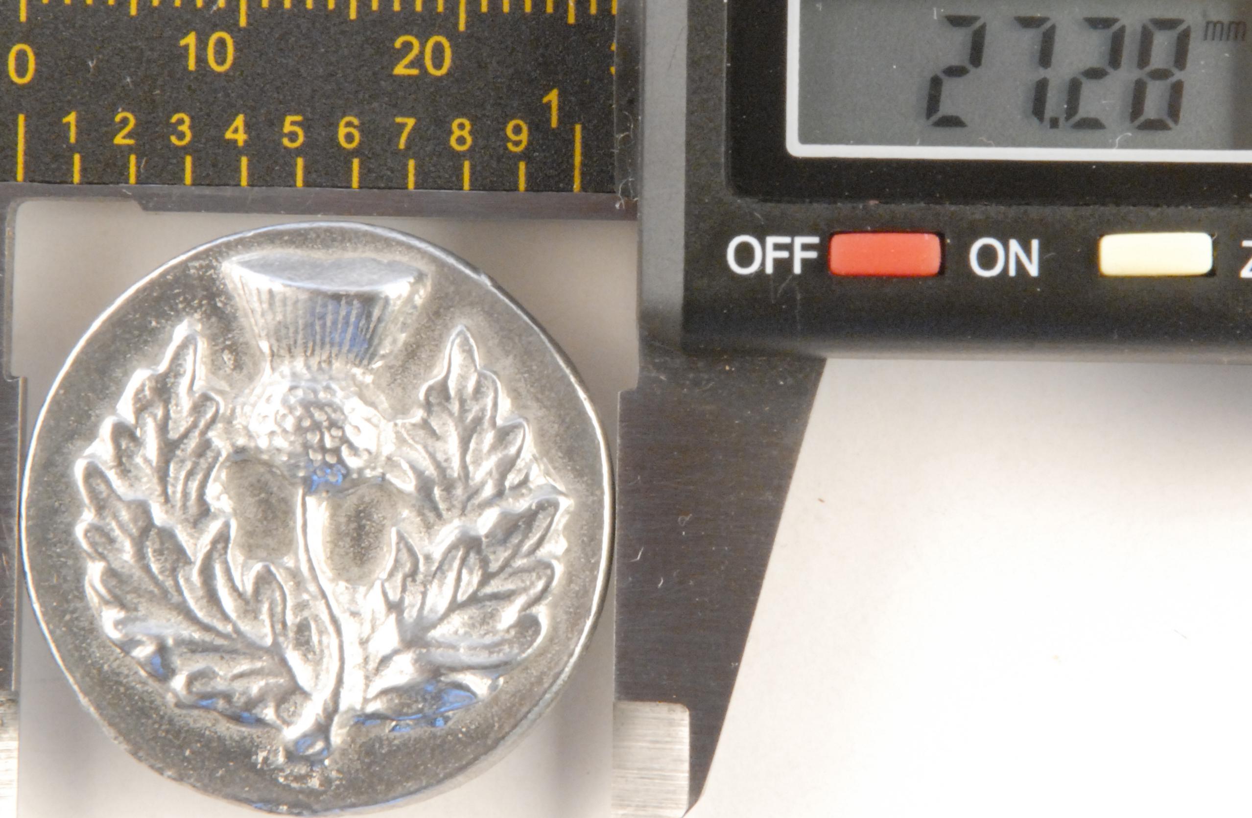 182 L, Thistle, Large Pewter Button