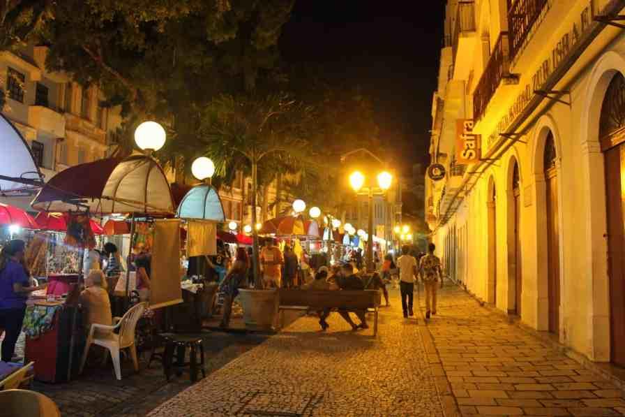 Feira do Recife Antigo, rua do Bom Jesus