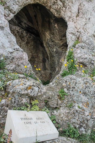 Cavernas Sagradas - Acrópoles de Atenas