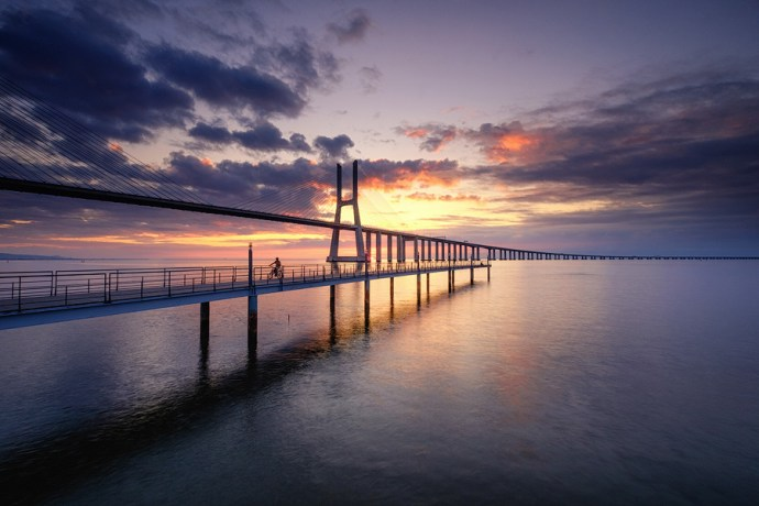 Sunrise at Ponte Vasco da Gama, Lisbon.  Fuji X-T10 & XF10-24mm
