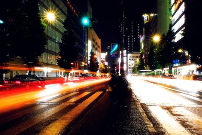 Fujifilm X-T1 + XF 16-55mm WR, @16 mm, F22, ISO 200, 9 sec, tripod. Shinjuku, Tokyo, Japan.
