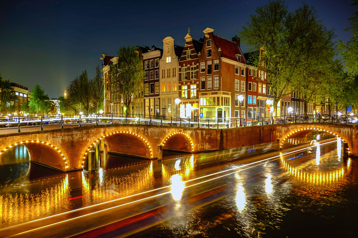 Japan to Amsterdam with the Fuji X-T1 & X-T10