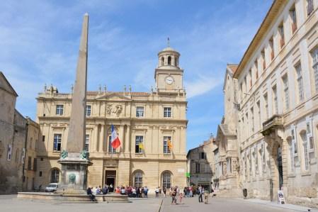 Der Place de la République mit dem Arleser Rathaus war nur eine der vielen Stationen. - frey
