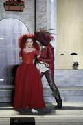 Lilli und Fred, hier als Katharina und Petruccio, tragen auf der Bühne heftige emotionale Gefechte aus.