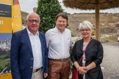 Winfried Müller (Mitte) mit Technolit-Geschäftsführer Wilhelm Lang und Gattin Helga.