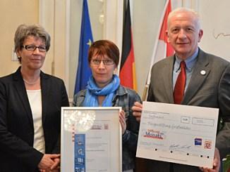 Staatssekretär Michael Bußer, Silvia Hillenbrand, Heike Münker, Klaus Schönherr, Werner Leister (v.l.)