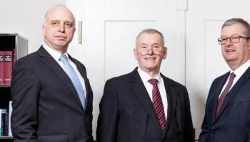 Scheidung Anwalt datiert Mandant