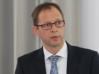 Dr. Arnt Meyer