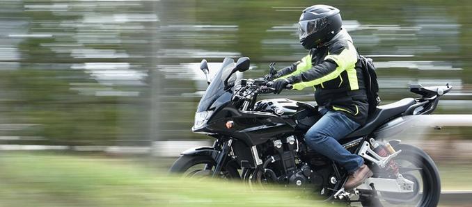Bundesregierung skeptisch bei Sonntags-Fahrverboten für Motorräder