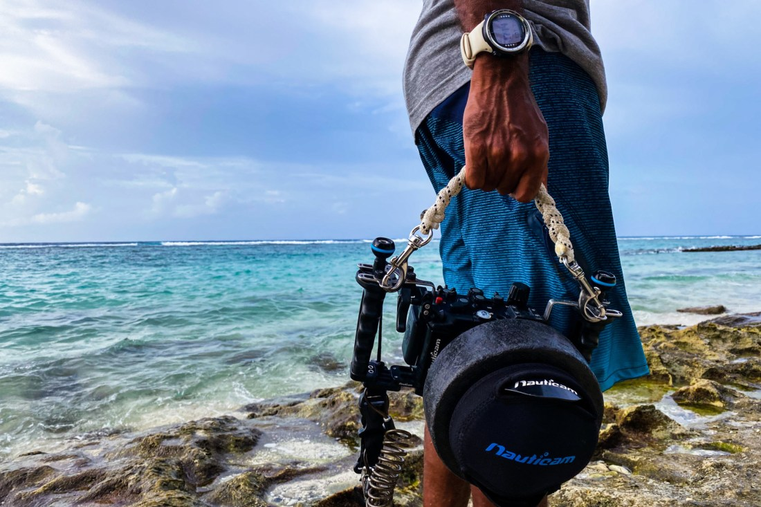 what to photograghy equipment to pack for diving in maldives