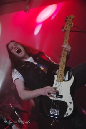 Screamer18