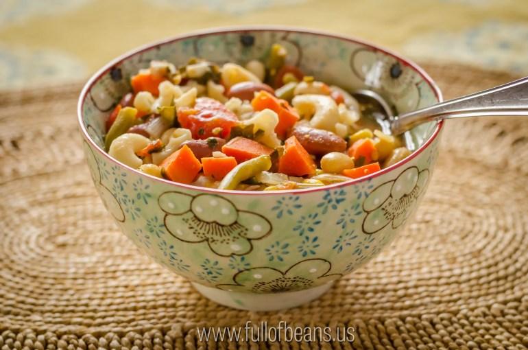 Easy vegan soup - gluten-free Minestrone