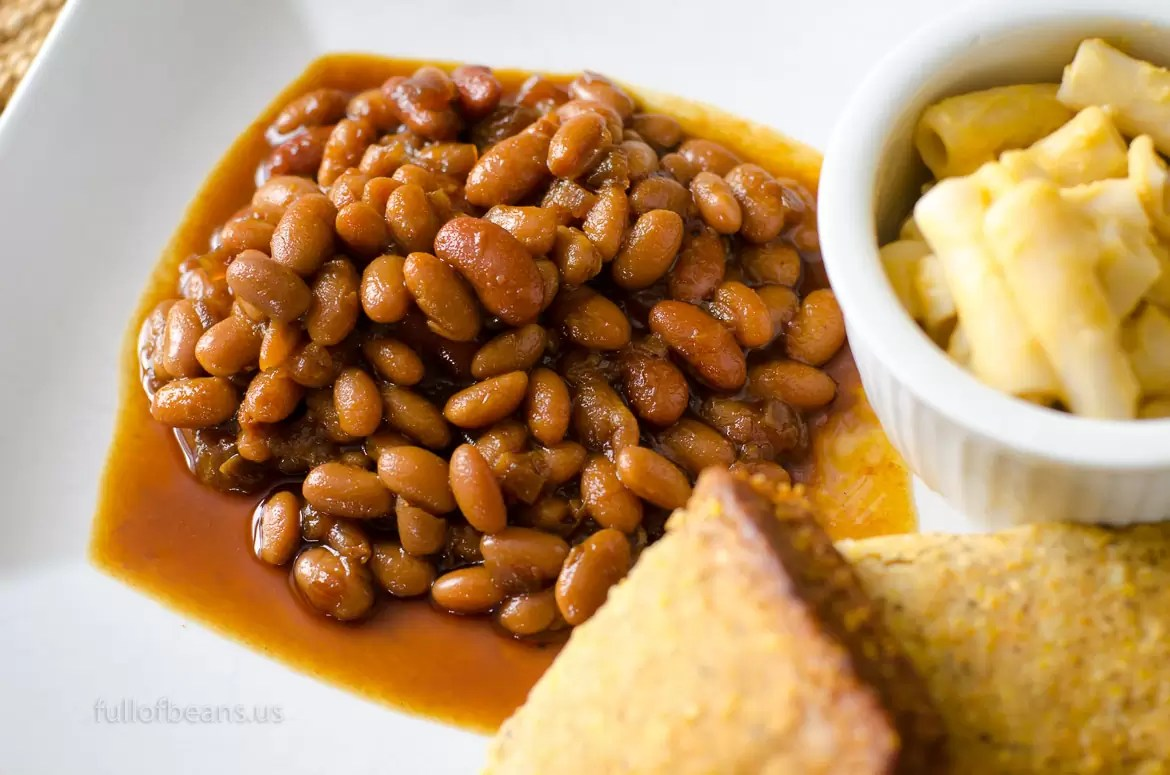 Vegan Baked Beans And Cornbread 028