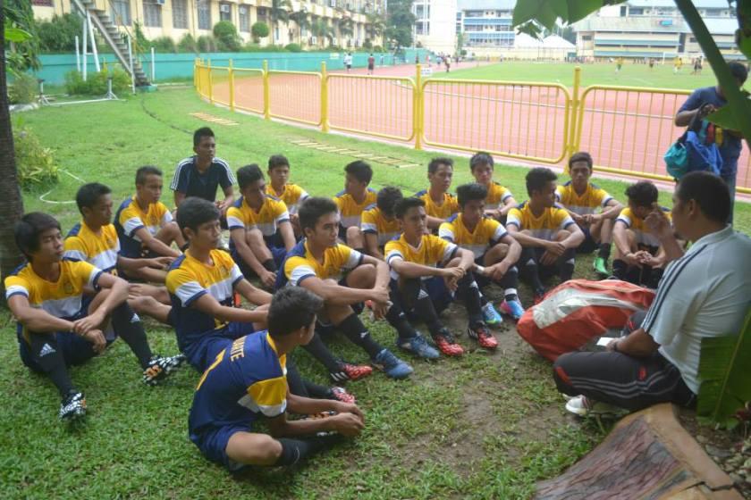 The USPF tertiary team with head coach Eleazar Toledo.