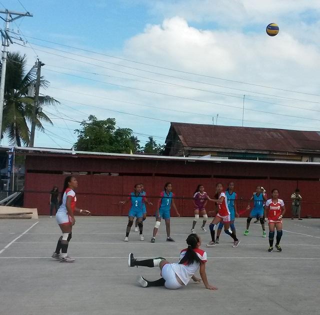 Volleyball action between Guihulngan and Siquijor.