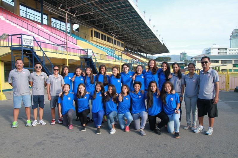 The girls U-14 team