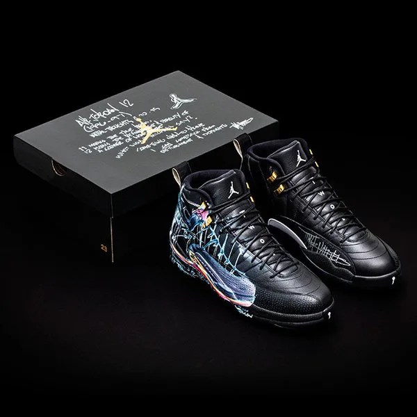 10/24から!NIKE DONATES A DOZEN EXCLUSIVELY DESIGNED JORDAN 12 Doernbecher