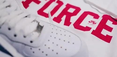 """Vivid Pink""カラーはmonkey time 限定!NIKE AIR FORCE 1 生誕35周年をセレブレイトしたTEE/HOODIEが11/2リリース (ナイキ エア フォース 1)"