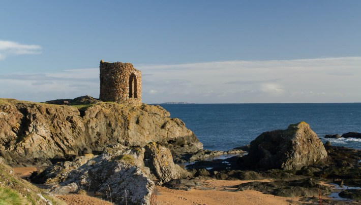 Lady's Tower, Elie, Fife, Scotland Travel Guide