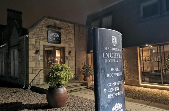 Scottish Steakhouse, MacDonald Inchyra Hotel