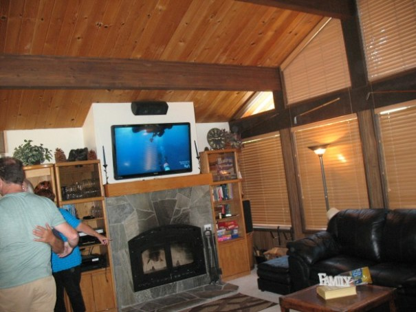 "This ""cabin"" can sleep 20+. There are 5 flat screens, a full kitchen with everything you need.  5 bedrooms, fold out couches and 3 dinning room tables.  Huge and nice."