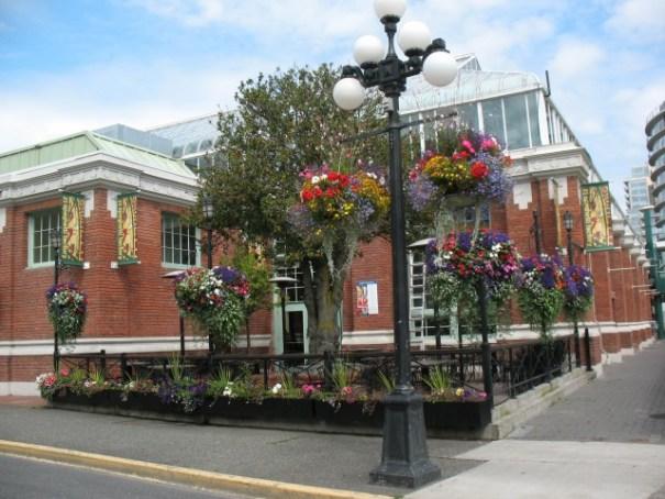 Typical Victoria corner.