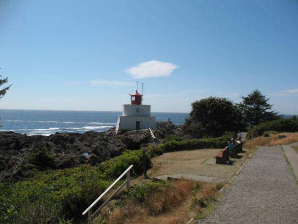 Lighthouse at end of Ucluelet, complete with tide pools and tourist.
