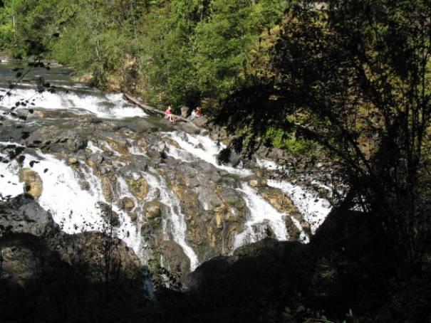 Englishman Falls, with tourist.