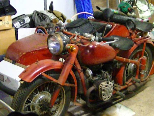 1953 Chang, with sidecar.  Front of sidecar seam shows sub zero degree welding.