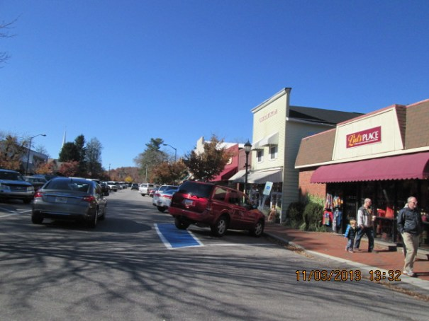 Highland, North Carolina was a surprise to us.  So crowded, we were reminded of Pacific Grove back home.  Lots of quaint shops and eateries.