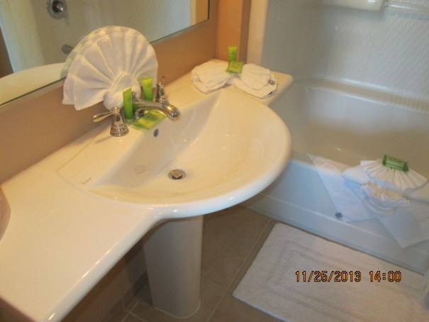 It is a 3 bedroom, 3 bath unit.  We liked this sink in the guest bathroom.