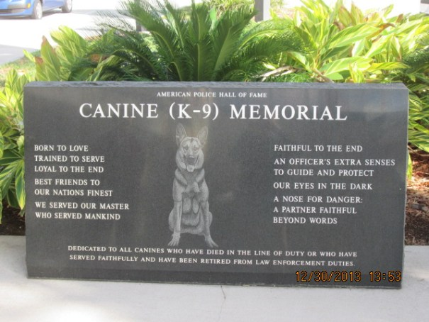 Very nice monument to the K-9s.