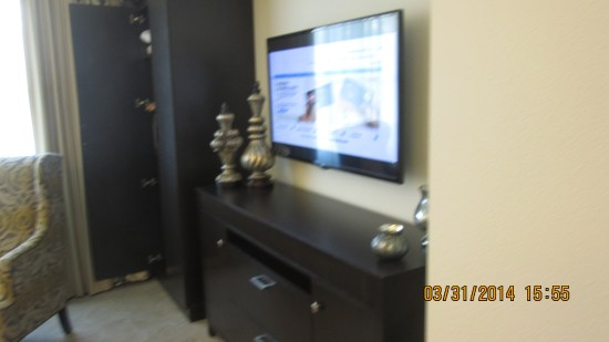 We were shown a 2 bedroom unit that was very much like the one we are assigned.