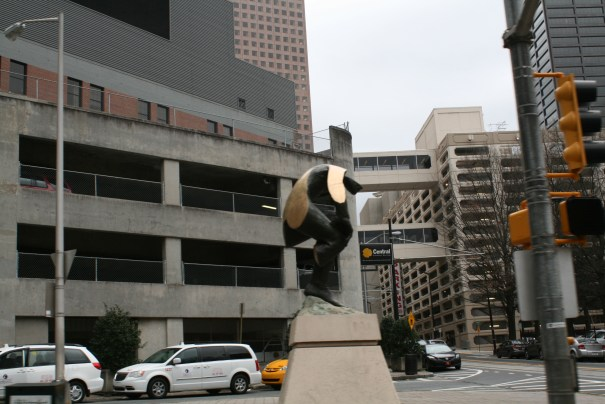 Leaving downtown, nice artful statue.