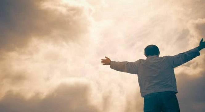 Κάθε άνθρωπος έχει ανάγκη να πιστέψει στο θαύμα…