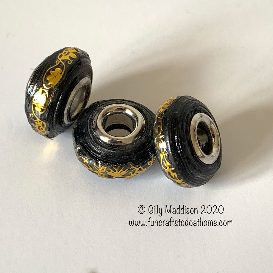How To Make European Style Paper Beads With a Decorative Finish.