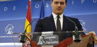 Albert Rivera en el Congreso de los Diputados. FOTO: Público/ EFE/ J.P.Gandul