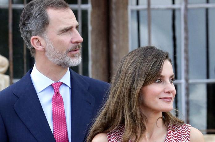 El Rey Felipe VI y la Reina Letizia, durante la visita realizada a la Misión de San José, en la ciudad tejana de San Antonio. EFE.
